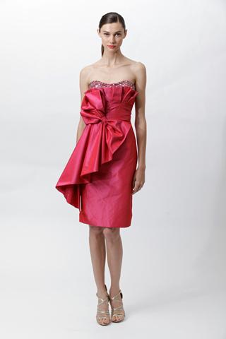 003m Badgley Mischka: Između stila i trenda