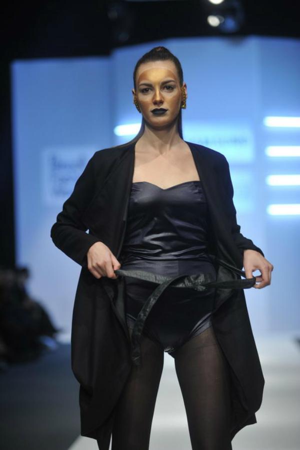 she you 5 34. Perwoll Fashion Week: Zona 45