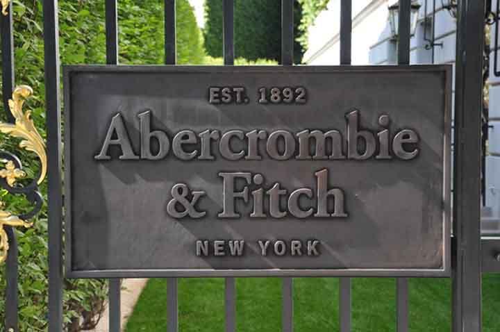 slika thumbnail 12 Pariska groznica: Abercrombie & Fitch