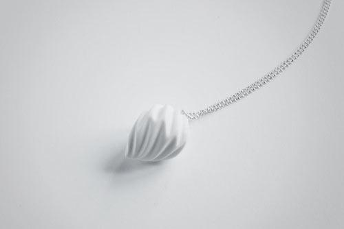 a15 Arhitektonska forma kao nakit