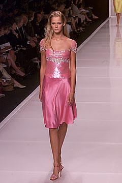 100006338 Badgley Mischka: Između stila i trenda