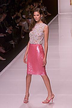 100006342 Badgley Mischka: Između stila i trenda