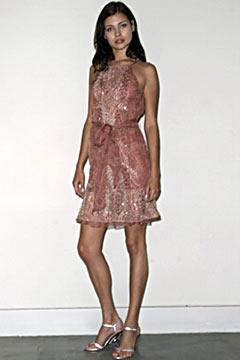 100045099 Badgley Mischka: Između stila i trenda