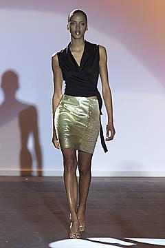 100012000 Badgley Mischka: Između stila i trenda