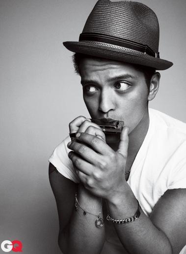 bruno mars02 Bruno Mars za aprilski GQ
