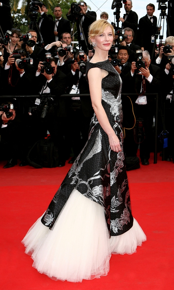 cate blanchett wearing a dress by alexander mcqueen and jewellery by van cleef arpels at the 63rd cannes film festival 2010 Upoznajte: Cate Blanchett
