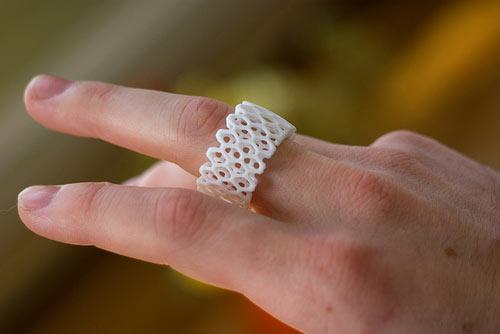 c4 Arhitektonska forma kao nakit