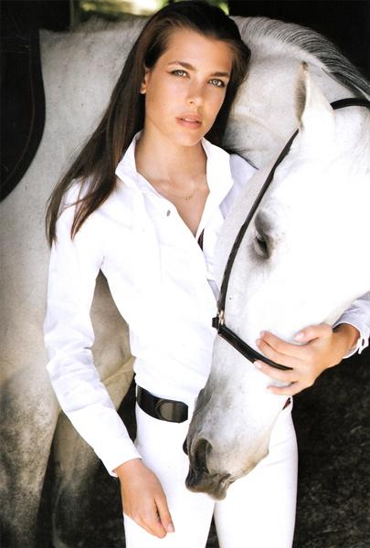 5 Royal Style: Charlotte Casiraghi de Monaco