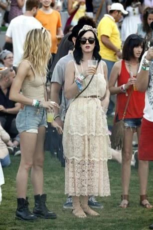 katy perry dg lace dress The Coachella 2011.