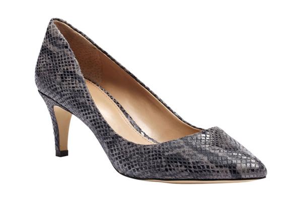 rbk shoe awards 1113 11 xln Damski koraci uz cipele za posao