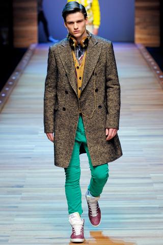 dg2 Fashion moMENts: Runway Fashion