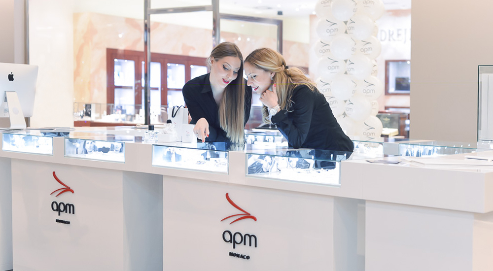 opm nakit jn70 Dijamantski sjaj novogodišnje večeri uz APM Monaco