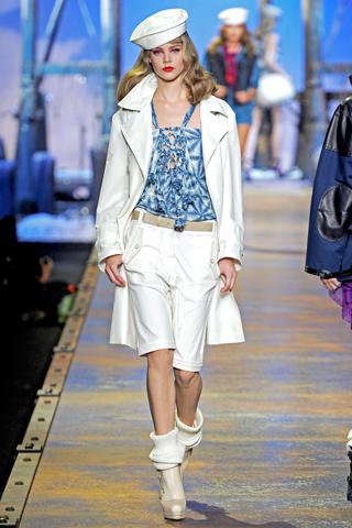 00120m Christian Dior za proleće/leto 2011.