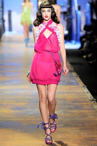 00210m Christian Dior za proleće/leto 2011.
