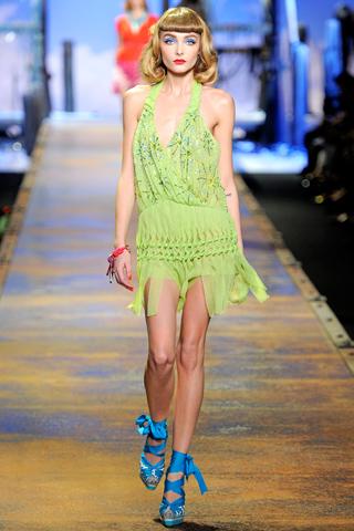 00220m Christian Dior za proleće/leto 2011.