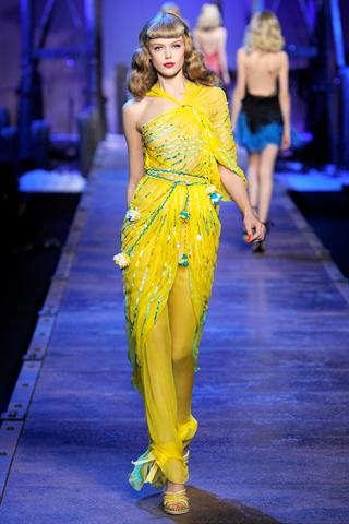 00410m Christian Dior za proleće/leto 2011.