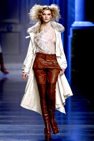 00020m Christian Dior ready to wear jesen/zima 2010/11.