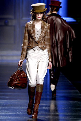 00030m Christian Dior ready to wear jesen/zima 2010/11.