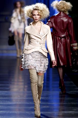 00060m Christian Dior ready to wear jesen/zima 2010/11.