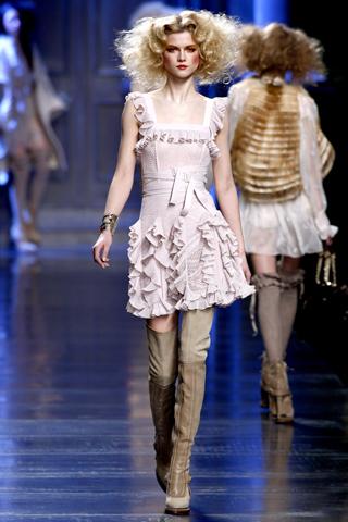 00090m Christian Dior ready to wear jesen/zima 2010/11.