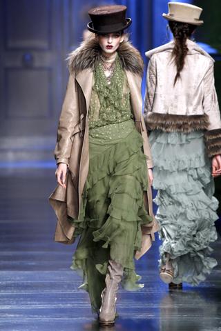 00460m Christian Dior ready to wear jesen/zima 2010/11.