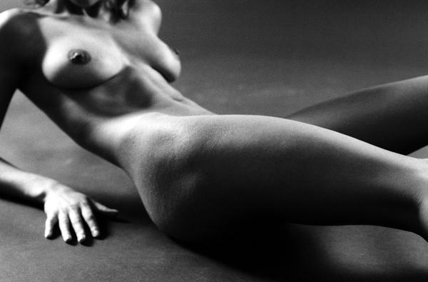 mp mp103 xl Erotska fotografija: Gola umetnost