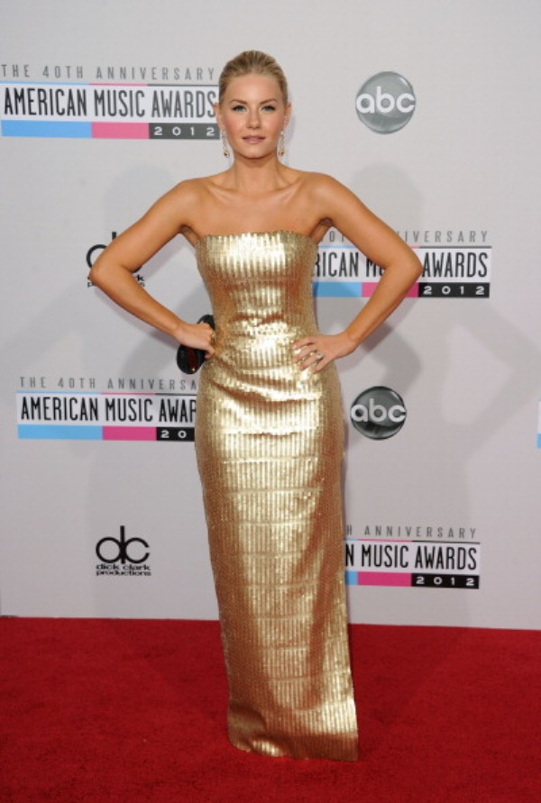 156665038 8 Fashion Police: American Music Awards 2012