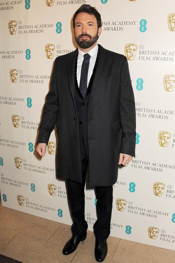 baffleck v 10feb13 getty b 592x888 Fashion Police: BAFTA Awards 2013