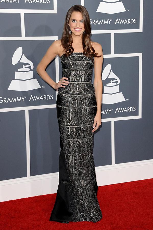 awilliams v 11feb13 rex b 592x888 Fashion Police: Dodela Grammy nagrada 2013.