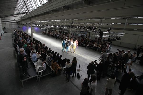 fcm  photo peter stigter FASHIONCLASH Maastricht 2012: Međunarodni i interdisciplinarni modni događaj