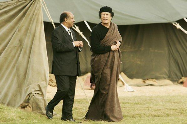 slika 12 Gadafi Fashion Icon