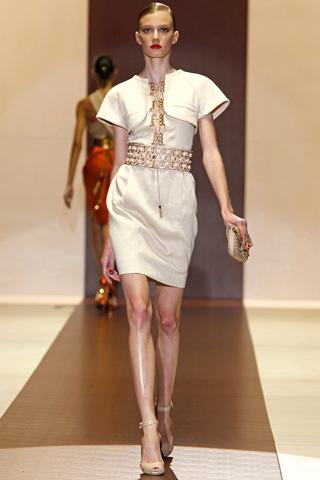 00100m Gucci kolekcija za proleće/leto 2011.
