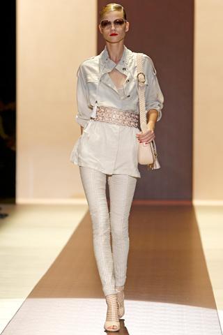 00110m Gucci kolekcija za proleće/leto 2011.