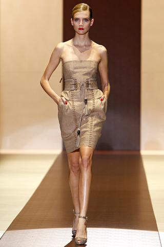 00160m Gucci kolekcija za proleće/leto 2011.