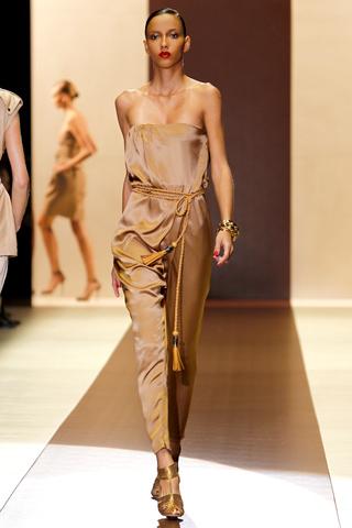 00180m Gucci kolekcija za proleće/leto 2011.