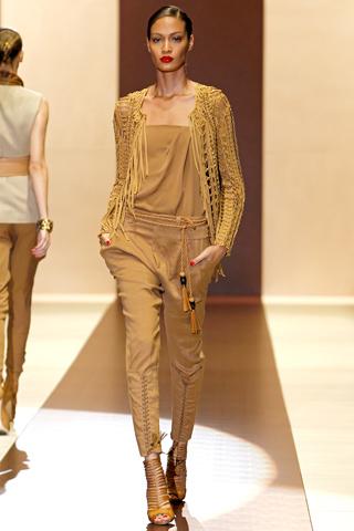 00210m Gucci kolekcija za proleće/leto 2011.