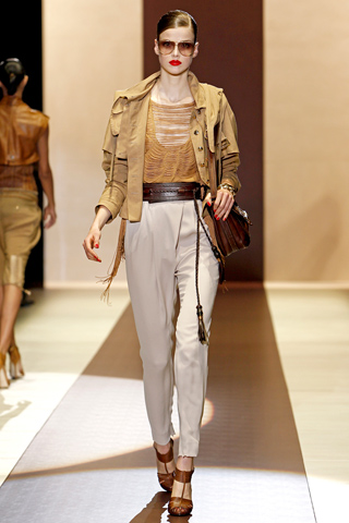 00240m Gucci kolekcija za proleće/leto 2011.