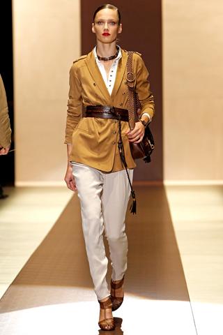 00250m Gucci kolekcija za proleće/leto 2011.