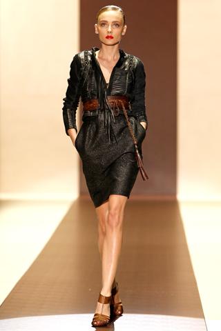 00280m Gucci kolekcija za proleće/leto 2011.