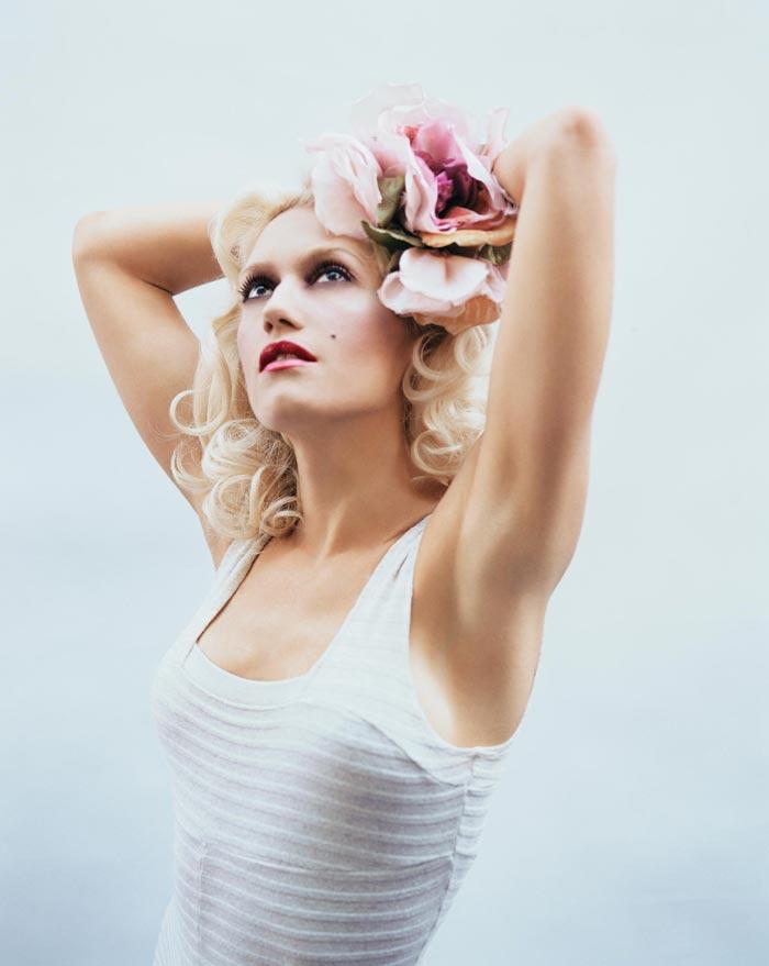 gwenstefani 36 Hollywood Red Lips: Gwen Stefani
