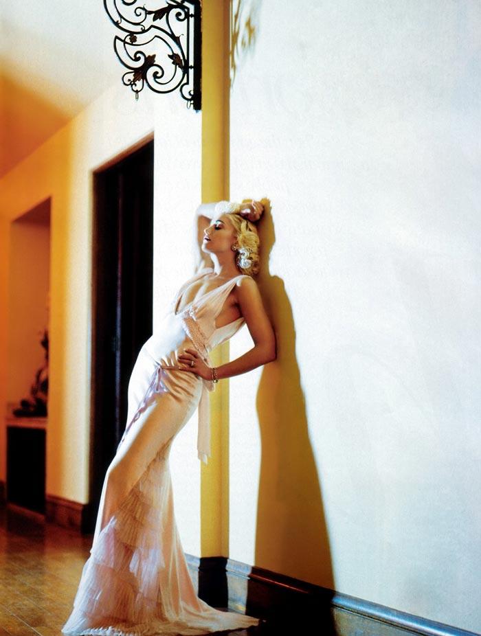 gwenstefani 56 Hollywood Red Lips: Gwen Stefani