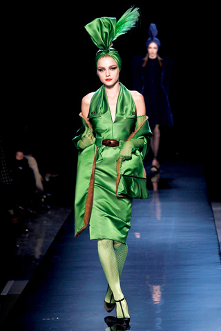 00200m Jean Paul Gaultier Couture kolekcija za jesen/zimu 2010/11.