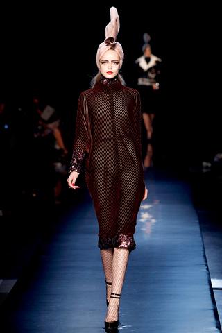 00220m Jean Paul Gaultier Couture kolekcija za jesen/zimu 2010/11.
