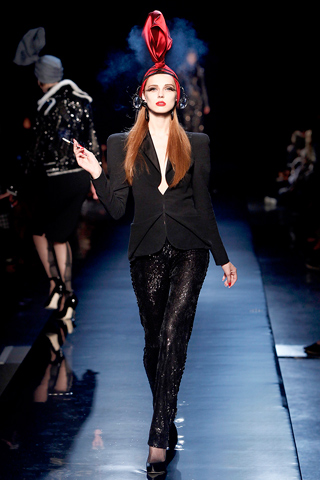 00240m Jean Paul Gaultier Couture kolekcija za jesen/zimu 2010/11.