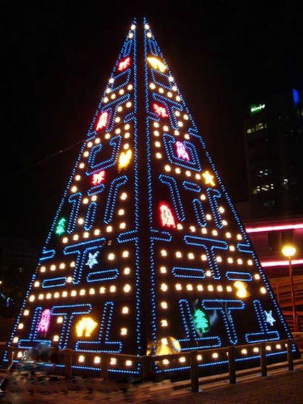 christmas tree pacman Da Vinci XXI: Dizajnom protiv teških vremena