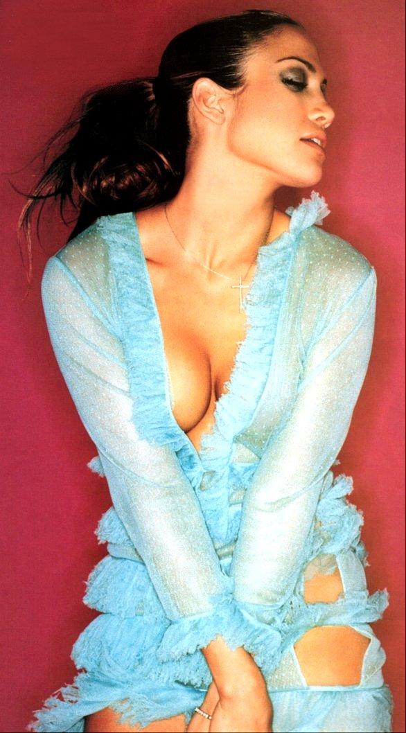 05 235 Jennifer Lopez