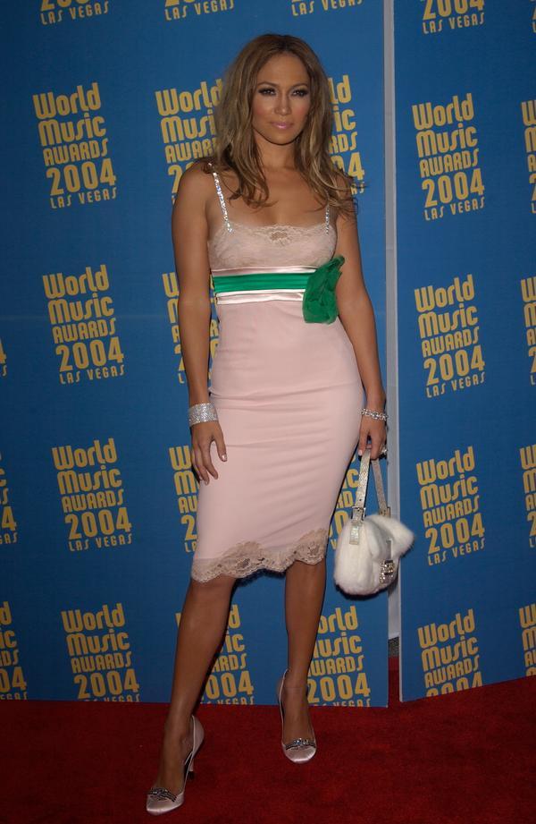 05 46 Jennifer Lopez