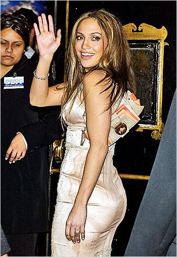 premiere of paycheck on december 18 2003 Jennifer Lopez