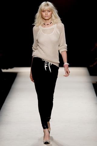 isabel marant spring 2011 Prolećni trend: kapri pantalone
