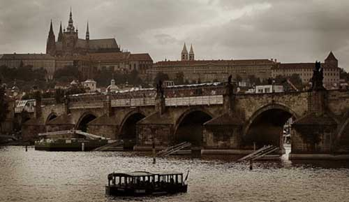 tumblr lqcl1pfcg31ql4jqyo1 500 Najlepši mostovi sveta: Karlův most, Češka